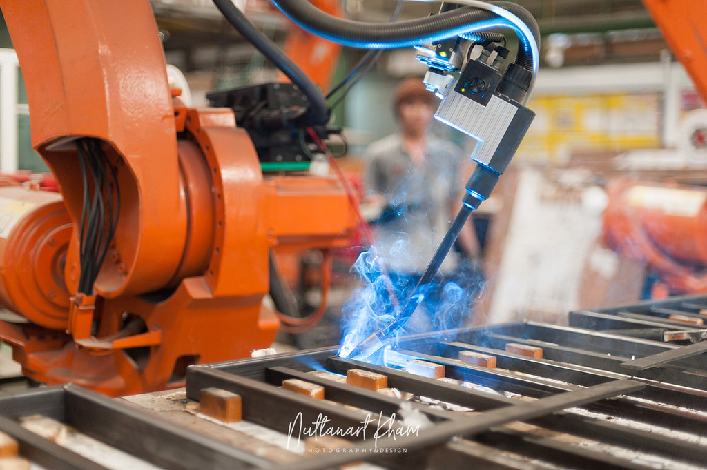 the new technology in welding aluminum in the auto industry Researchers have developed a new welding technique that may prove to solve the problems inherent in traditional welding processes, while using 80 percent less energy and creating bonds that.