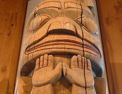 Hands up (jasbond007) Tags: wood carving totem pole monumentalgallery museumofnorthernbc princerupert britishcolumbia canada panasonic dmclx5 lx5 jasbond007 nigeldawson copyrightnigeldawson2017