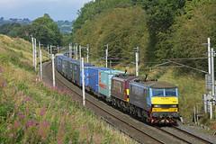 Penrith, Cumbria (DieselDude321) Tags: 90024 90035 class 90 db dbs schenker cargo ews 4m25 0606 mossend euroterminal daventry penrith ewes cragg cumbria malcolm