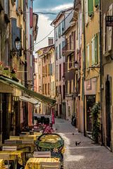 Digne (Fofinho Onimura) Tags: rue street provence lavende table ruelle exterieur