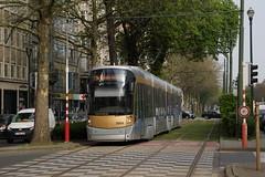 2014-04-01, Bruxelles, Avenue Louise (Fototak) Tags: tram strassenbahn bruxelles bombardier flexity stib mivb ligne94 3004 belgium