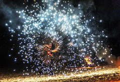 Norse Burial. (Blanahi) Tags: norse burial festa normanda avaldiablanahi fireworks night