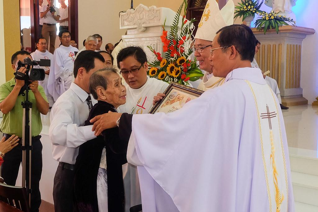 Thánh lễ tạ ơn khánh thành nhà thờ Hòa Cường – Giáo phận Đà Nẵng - Ảnh minh hoạ 64