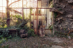 mood (Andy Schwetz ( andyschwetz,de)) Tags: urbex abandoned greenhouse decay sunset forgotten fairytale lost lostplaces andyschwetz canoneos60d urbanexploration chateau abbandonata verlassen vergessen beautyindecay verlasseneorte verfall schönheitdesverfalls