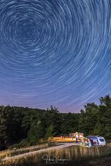 Startrails above our camping site - Toscany, Italy (Henk Verheyen) Tags: italië italy toscane toscany avond landscape landschap nacht startrails sterren sterrensporen summer zomer zomervakantie