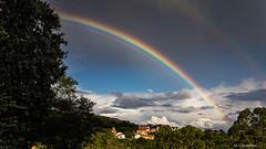 Allendelagua (Carpetovetón) Tags: allendelagua arcoiris cielo sonynex5n rainbow paisaje landscape castrourdiales cantabria europa españa