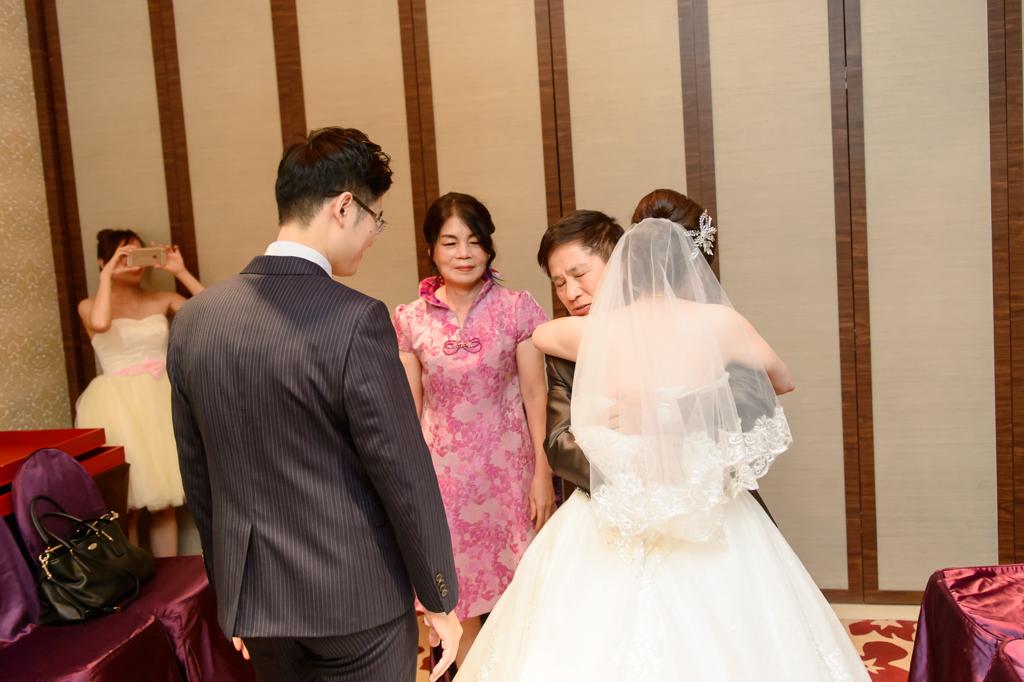 婚攝小勇, 小寶團隊, 台北婚攝, 中崙華漾, 中崙華漾婚宴, 中崙華漾婚攝, vivian, wedding day-025