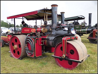 1924 Wallis & Steevens Advanced Steam Roller Works No. 7861 'Queen Maud'