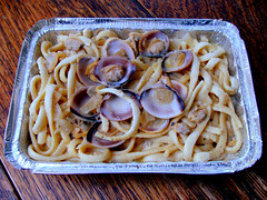 Linguine Alla Vongole (knightbefore_99) Tags: anton linguine vongole pasta clams clear sauce vancouver hastings italian italy food lunch