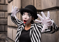 Kite (Charles Hamilton Photography) Tags: portrait edinburgh edinburghfestival 2017 clown streetperformer expression colourstreetportrait parliamentsquare japanese naturallight primelens 50mm characterstudy streetentertainer nikond750 charleshamilton