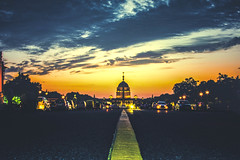 President's House, New Delhi (pixelrajeev) Tags: pixelrajeev rajpath india delhi presidents house clouds evening sunset
