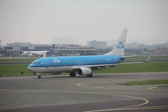 KLM Boeing 737-800 PH-BXK , Schiphol airport 05.09.2017 (szogun000) Tags: amsterdam netherlands nederland aviation airport schiphol ams eham aircraft airplane plane jet jetliner airliner passenger boeing b737 boeing737 boeing737800 klm royaldutchairlines phbxk noordholland northholland canon canoneos550d canonefs18135mmf3556is