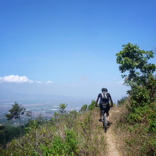 Singletrack from Batu Kuda