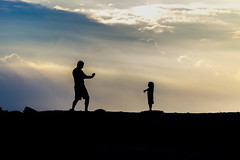 Father and Daughter Moment (MCarrabs) Tags: to morgan park beach silhouette people child father sand landscape water bird duck goose pigeon fishing sitting standing flag boat black white sail sky