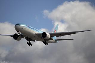 Korean Air Cargo Boeing 777 HL8226