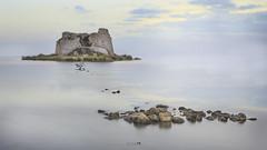 Inerte en el tiempo (Juan Tecles) Tags: deltadelebro castillo hecatombe