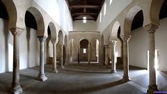 San Miguel de Escalada (santiagolopezpastor) Tags: espagne españa spain castillayleón león provinciadeleón medieval middleages mozárabe monastery iglesia church