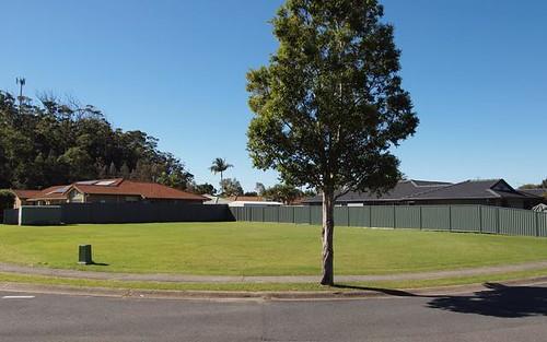 11 Vintage Lakes Drive, Tweed Heads South NSW