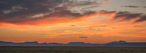 729-PS-1 Sunrise On The Road (US 64) To Raton, New Mexico-01773