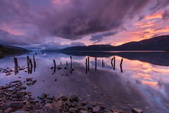 Sunset Reflected .. (Gordie Broon.) Tags: lochness sunset reflections dores oldpier hills landscape scotland schottland heuvels scenery paysage thegreatglen paisaje inverness meallfuarmhonaidh scenic collines ecosse escocia glenalbyn inverfarigaig colinas scottishhighlands 2017 gordiebroonphotography unexpected calmloch scozia hugeln paesaggio skyreflections clouds canon5dmklll canon1635f4l nessie northernscotland caledonia alba geotagged foyers august