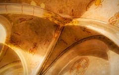 Turn to stone (Jorden Esser) Tags: 1030 karolingischekapel nijmegen sintnicolaaskapel valkhof valkhofkapel ceiling interiordetails stonebuilding wall sliderssunday hss chapel arch walldecoration light decoration interiordetail