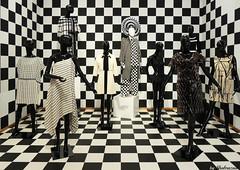 Black and white (Shahrazad26) Tags: gemeentemuseum denhaag sgravenhage thehague lahaye nederland holland thenetherlands paysbas museum musée
