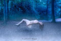 enchanted forest / Im Märchenwald (mr.wohl) Tags: levitation wald düster melancholy fliegen schweben traum fee ps