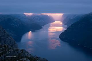 Wake up Norway!!