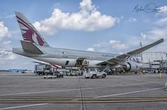 Qatar Airways Boeing 777-2DZLR (A7-BBF) (Michael Davis Photography) Tags: kiah iah houston houstonairport houstontexas qatar qatarairways boeing boeing777 b777 777200 a7bbf aviation photography flight jet airplane airliner jetliner air travel international gate ramp airside