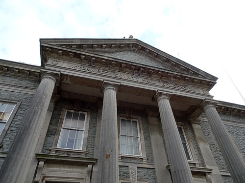 Caernarfon County Court
