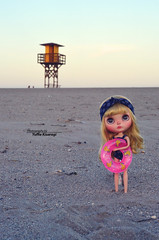 """""""Have you seen, mommy? There is a life guard house, so we can swim!"""""""