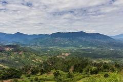 Kochání z rozhledny (zcesty) Tags: výhled vietnam9 pole krajina hory vietnam dosvěta khánhhoà vn
