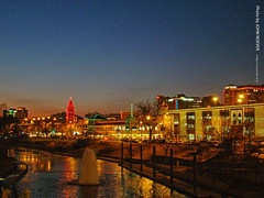 Holiday Lights at Country Club Plaza, 23 Dec 2016 (photography.by.ROEVER) Tags: christmas holidays holidaylights theplaza countryclubplaza kc kansascity december2016 2016 dusk evening missouri usa december night photography kcmo