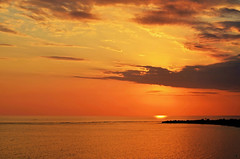 Orange Península (emerge13) Tags: playaancón penínsulaancóntrinidadsanctispirituscuba penínsuladeancón cuba ocean sun sunset orange merdescaraïbes caribbean caribbeansea coucherdesoleil projectweatherprojetmétéo spiritofphotography