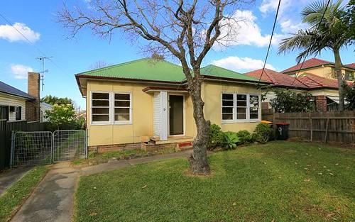 9 Anthony St, Yagoona NSW 2199
