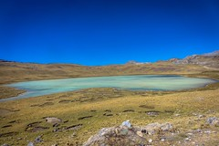 At these high altitudes of 4500 meters there seems to be an endless amount of lakes.