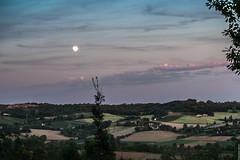 lauzerte (valérylamoure) Tags: full moon pleine lune lion quercy sud ouest lauzerte coteaux