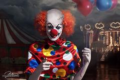 Coulrofobia (Beatriz AG) Tags: coulrofobia clown payaso coulrophobia miedo terror it globos balloons circus circo beatriz ag selfportrait myself manipulation photomanipulation nikond90