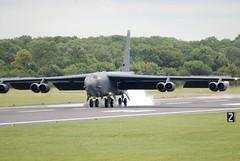 B-52H landing at Fairford (Craig S Martin) Tags: boeing b52 fairford military usaf 2007 b52h stratofortress riat raf ffd egva airshow aviation