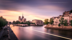Notre Dame... (Explore 18/08/2017) (f.ray35) Tags: seine paris france nd1000 sunset notredamedeparis soirée cityscape landscape canon apsc poselongue longexposure ndfilter
