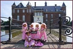 Einladung zum Tee ... (Kindergartenkinder) Tags: schlossanholt annemoni milina dolls himstedt annette park kindergartenkinder sommer wasserburg margie isselburg tivi sanrike