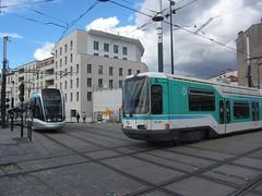 Saint-Denis - Gare Tramway (portemolitor) Tags: seinesaintdenis saintdenis saintdenisgare ratp tramway gare