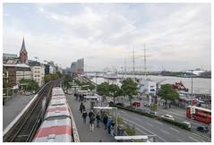 St. Pauli Landungsbrücken / Stintfang (epha) Tags: hafen hamburg landungsbrücken panorama stintfang elbphilharmonie abendstimmung sandiego rickmerrickmers