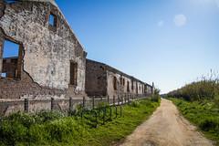 El viejo cuartel (SantiMB.Photos) Tags: 2blog 2tumblr 2ig carrabiners ruinas ruins camino way path sendero geo:lat=4129629429 geo:lon=212263243 geotagged elaeroportdelprat cataluna españa esp