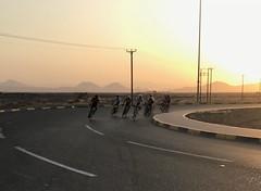 4th Al Ain Duathlon- 15 Sep 2017 - lead group at u-turn (Patrissimo2017) Tags: roundabout race uae sunrise bicycle cycling duathlon