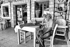Relax (++Rob++) Tags: greece griekenland crete kreta zwartwit blackwhite makrygialos tavernaexipiretisis taverna restaurant