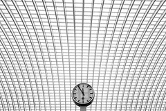 5 voor 12 (Marco Nürnberger) Tags: lüttich bw secret liège sonyrx100ii time sony clock station structures