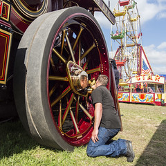 great dorset steam fair (mikejsutton) Tags: great dorset steam fair 2017 mike sutton engine traction fairground funfair organ helter skelter merrygoround roller wheel horse horses drey shire car vintage lorry lorries truck reflection wood turner bus dog dogs driver people locomotive train wadesbridge ww1 trench trenches army soldiers ypres bell bells hobo jack shepherds hut camera falconry bird prey