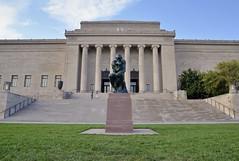 Nelson-Atkins Museum of Art (jpellgen (@1179_jp)) Tags: kc kansascity mo missouri medwest summer usa america travel roadtrip nikon sigma 1770mm d7000 2017 september museum art nelsonatkins statue sculpture rodin