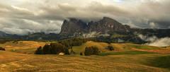 I love Siusi (rinogas) Tags: italy trentino tyrol dolomites alpedisiusi sunset cloudd rinogas